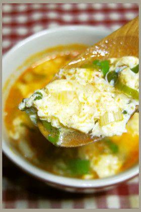 寒い冬の夜に!香味ペーストで簡単酸辣湯!