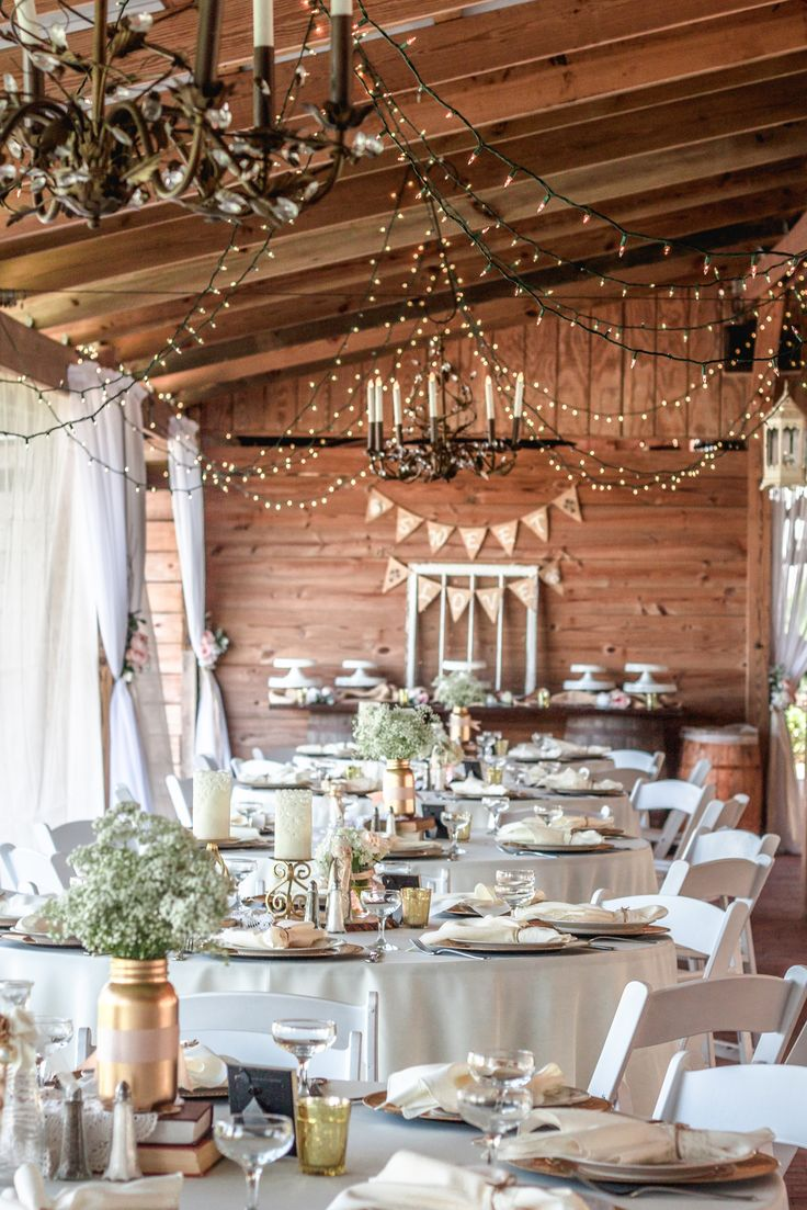 Reception tables in The Carriage House Stable at Cross Creek Ranch in Dover, Florida. 813-651-0934