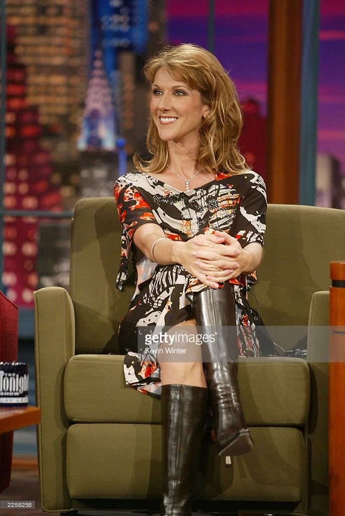 celine-dion-at-the-tonight-show-with-jay-leno-at-the-nbc-studios-in-picture-id2258258 (685×1024)