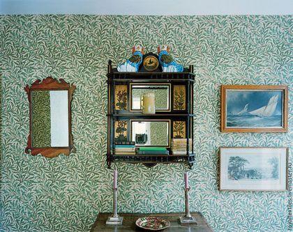 Премиальные обои Morris & Co Англия Эксклюзивные и премиальные английские ткани, знаменитые шотландские кружевные тюли, пошив портьер, а также готовые шторы и декоративные подушки.