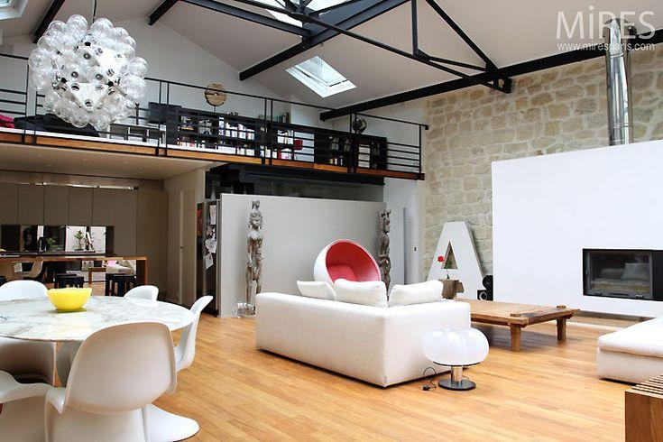 loft avec baie vitr e atypique salon sam en 2019 pinterest loft id es loft et verriere. Black Bedroom Furniture Sets. Home Design Ideas