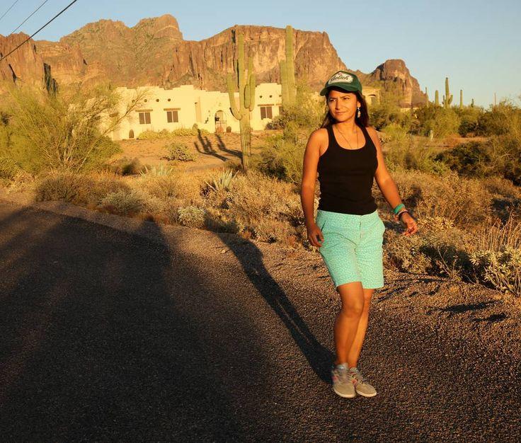 Hiking in Arizona - Superstition Mountains with @ebersolegreg  #arizona #superstitionmountains #sunset #sky #mountains #beatriceaguirre #stillphotographer #stillphotography #stillphoto #cinematography #hike #hikersofinstagram #hiking #hikingadventure #hikingtrail #hikingday #hikerslife #hiker #mesa #bluesky #rocks #climbing #climb #hikes #elcondorpasa #visitmesa