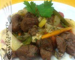 Μοσχαράκι με λαχανικά! http://www.cookex.gr/mosxaraki-me-laxanika/
