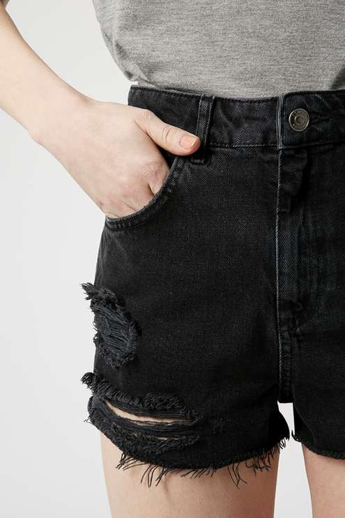MOTO washed black wash denim Mom shorts with authentic rips and cut-off hem. #Topshop