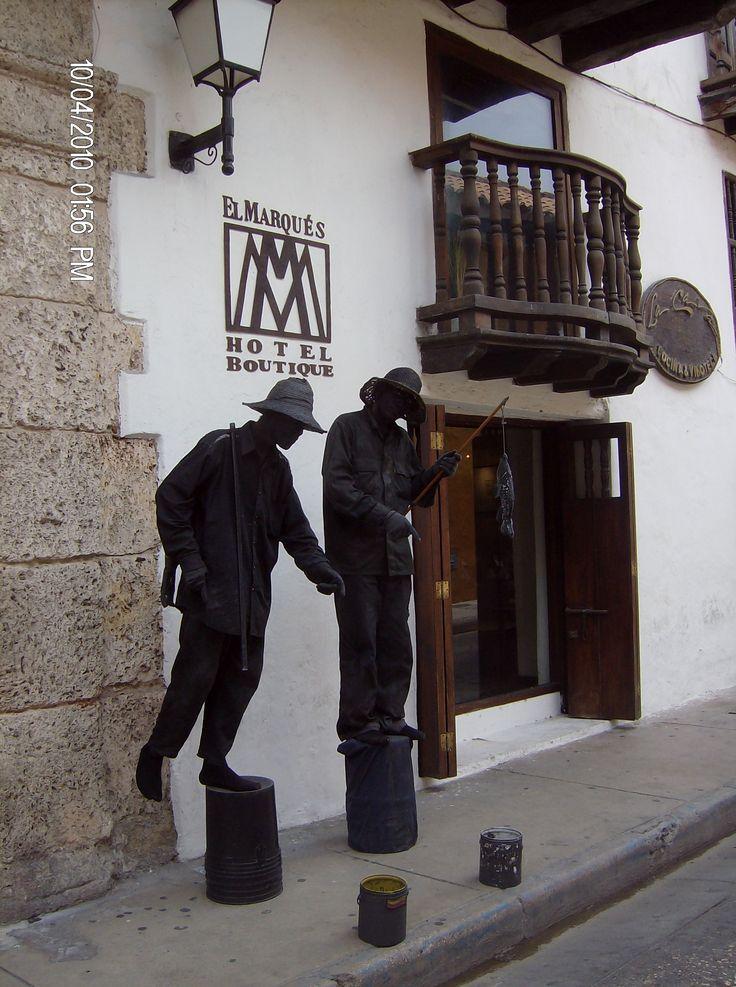 Estatuas vivientes en Cartagena de Indias.