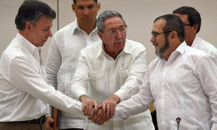 Colombia: President Santos tries to save peace deal with FARC rebels  #Colombia #Santos #peace #FARC #news