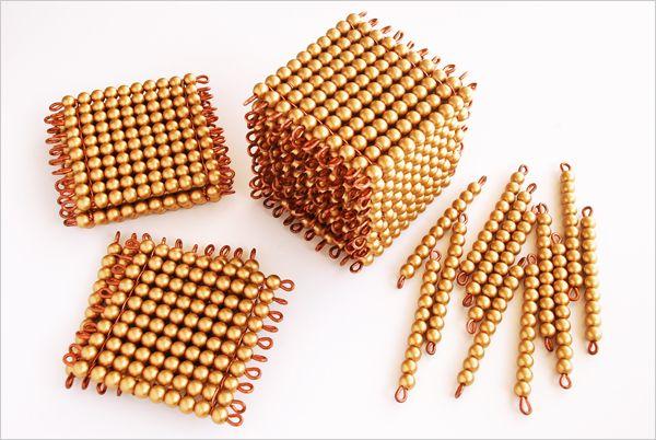 Perles dorées montessori : comment les fabriquer et les utiliser !