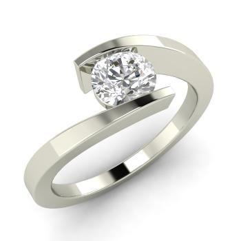 Willis Engagement Ring with Round VS Diamond | 0.45 carat Round VS Diamond  Solitaire Engagement Ring in 14k White Gold | Diamondere