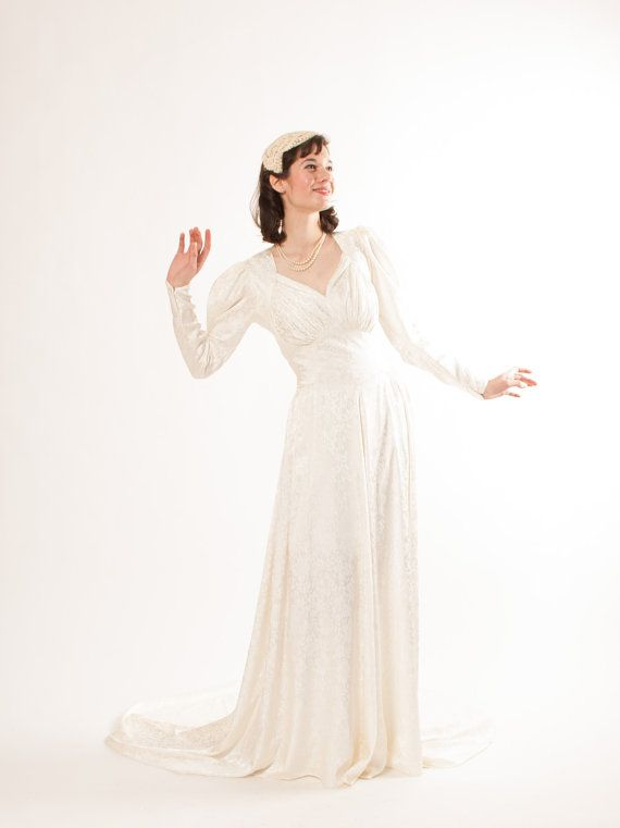 1940s Wedding Dress - 40s Wedding Gown - WWII Era Bride - Ivory Floral
