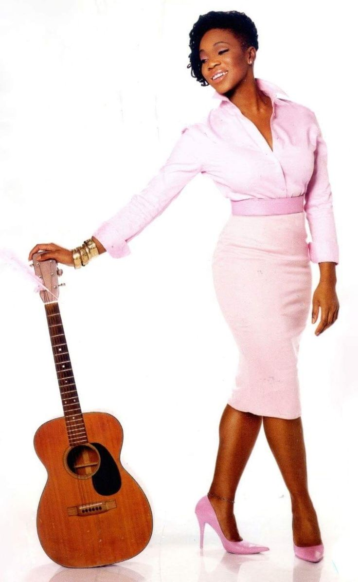 Songstress India Arie