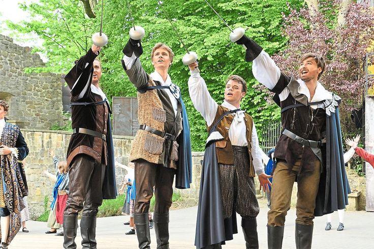 """Tecklenburg-Premiere des Familienmusicals """"Drei Musketiere"""""""