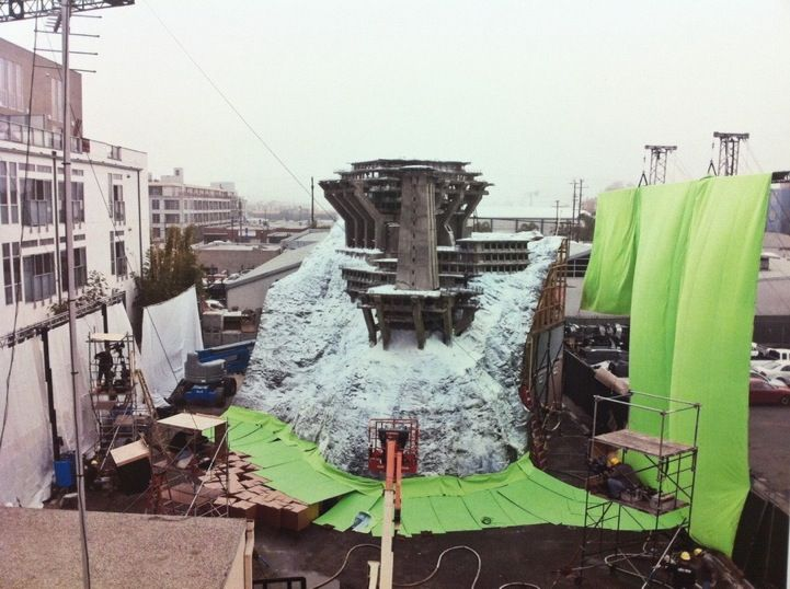 One of the 25 behind-the-scenes movie photos that will mess with your mind...inception