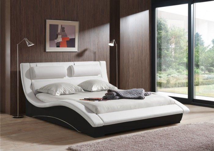Luxusní postel Betty zaujme na první pohled především svým moderním designem. Díky její kvalitní konstrukci a lamelovému roštu vám zaručuje pohodlný a klidný...