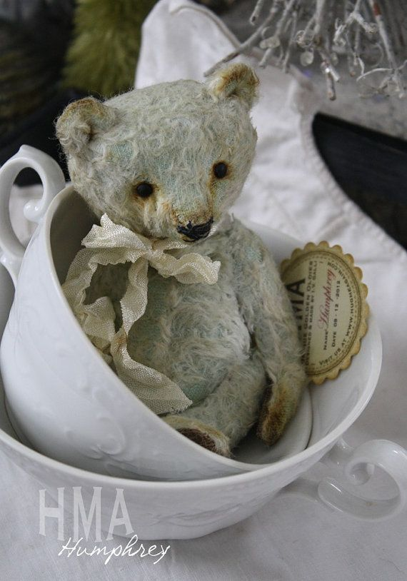 Humphrey, Vintage looking, very little Hug Me Again collectible teddy bear by V. Galli