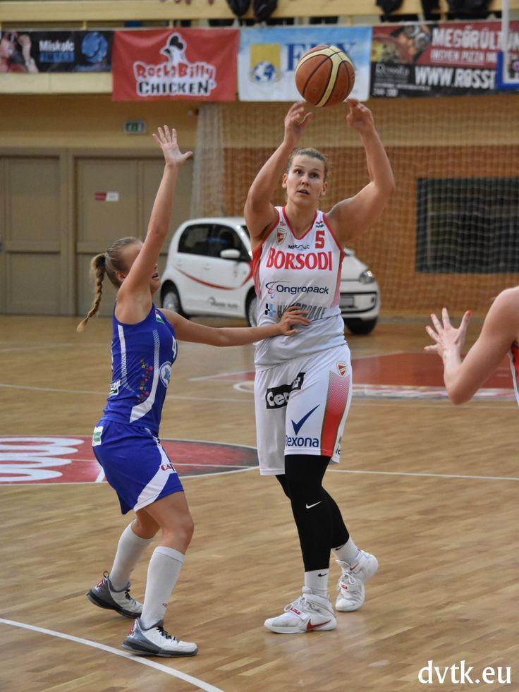 Horti Dóra volt a legeredményesebb a Szekszárd elleni negyeddöntő első mérkőzésén (Aluinvent DVTK - KSC Szekszárd 63-57 )
