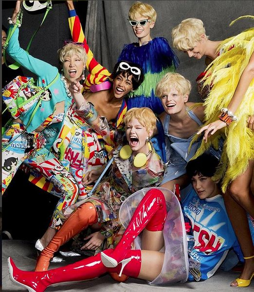 From the construction site to the car wash, Jeremy Scott found a way to make the mundane fabulous @moschino this upcoming spring/summer. From reflective yellow suit to punny One Way shoulder bag and full body feathered frocks coming out in an array of crazy colors... Call it a homage to crazy Chevrolet chic!  Stay tuned on next week's #PFW coverage and get ready for some thrilling action from the city of fashion! Ciao #MFW!