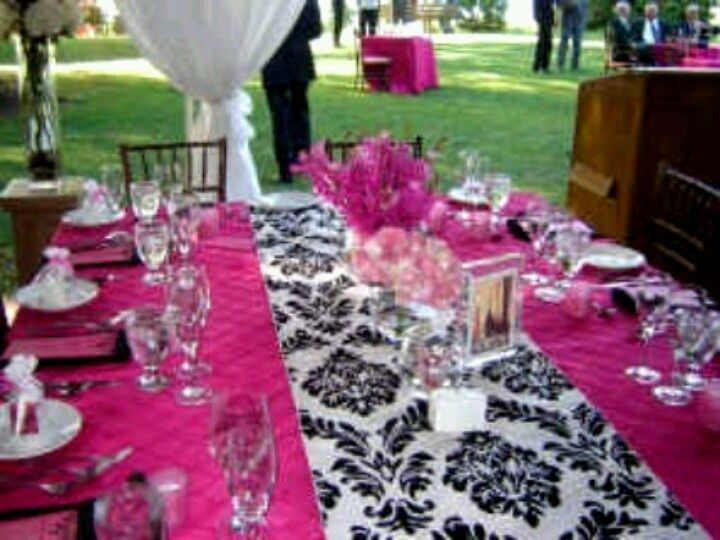 Pink And Black Wedding Ideas: Pink Wedding Table Settings