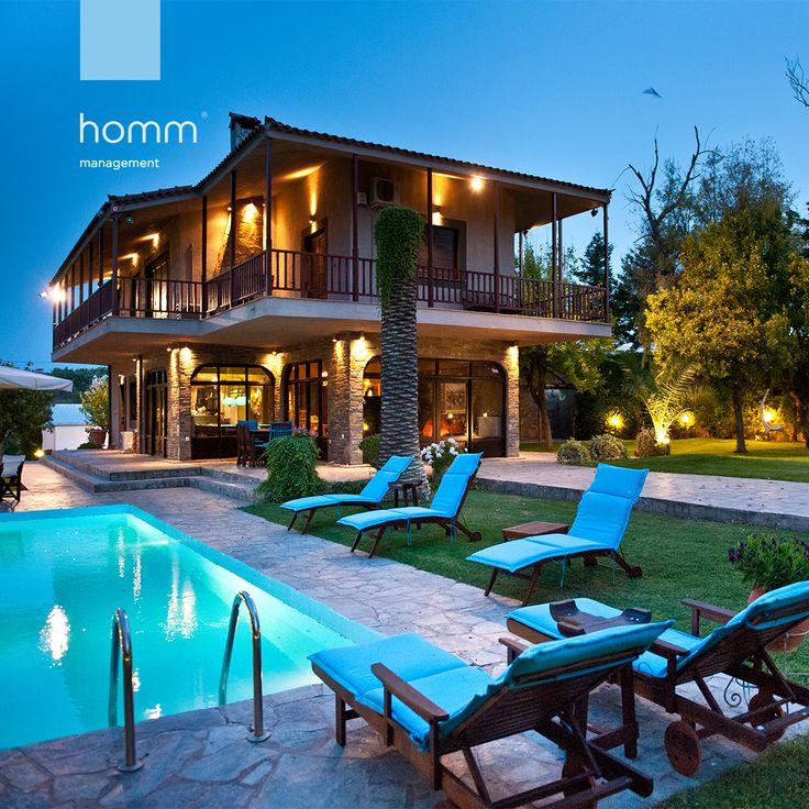 #seaview #aulida #travel #travelgreece #visitgreece #design #architecture #airbnb #airbnbhomes #superhost #madeeasy #homm #athens #greece