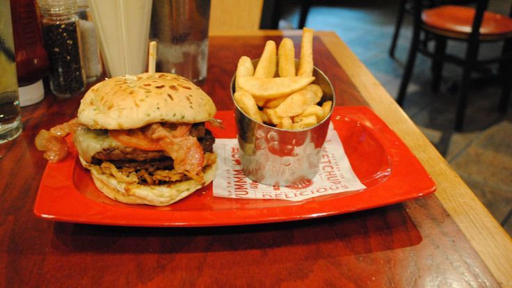 Red Robin Monster Burger & bottomless fries.  3500 calories.  Seriously?