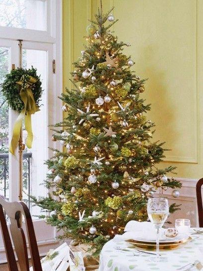 Tavola di Natale, decorazione verde a pois