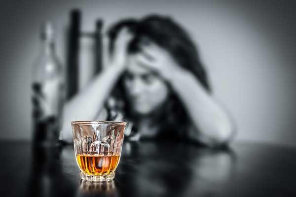 Dosiahla som, že môj manžel prestal piť za neuveriteľné 2 týždne... a dokázala som to úplne sama!
