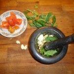 Pesto alla trapanese, sui maccheroni al ferro fatti a mano