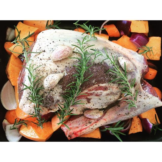 Beautiful Sunday slow roast lamb leg for dinner tonight! Yum!! You can use the same method as I have on my blog for the lamb shoulder. Link to my blog is in the bio. This is a winner! . . #thenourishedones #paleodiet #paleo #lamb #sundayroast #sunday #eatclean #cleaneating #healthy #slowroast #vegetables #food #realfood
