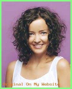 Haarschnitt Mittellang Frauen Frisuren Mittellang Gestuft Locken