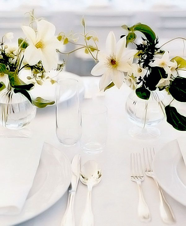 White flowers, white tablecloth