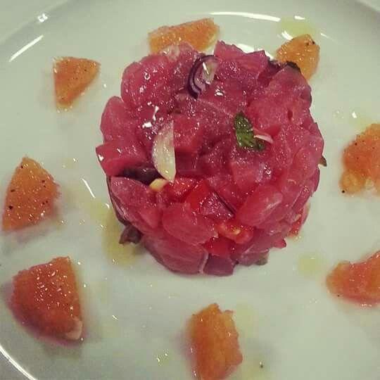 Tartare di tonno rosso al pompelmo rosa