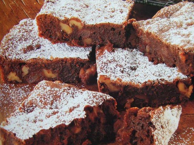 Torta argentina de nuez y chocolate. Ver la receta http://www.mis-recetas.org/recetas/show/32627-torta-argentina-de-nuez-y-chocolate #torta #tarta #chocolate