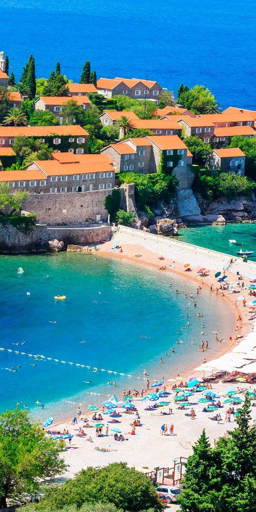 Sveti Stefan Island in Budva #Montenegro