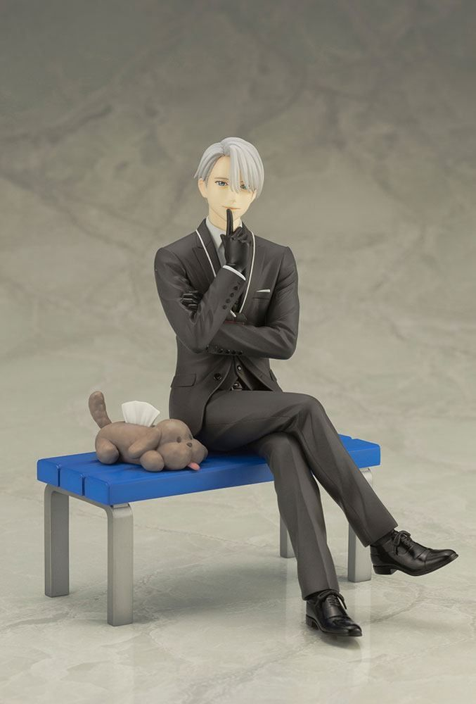 Yuri on Ice figurine of Victor Nikiforov. The main character from the anime. This PVC ARTJFX Statue is licensed by Kotobukiya.