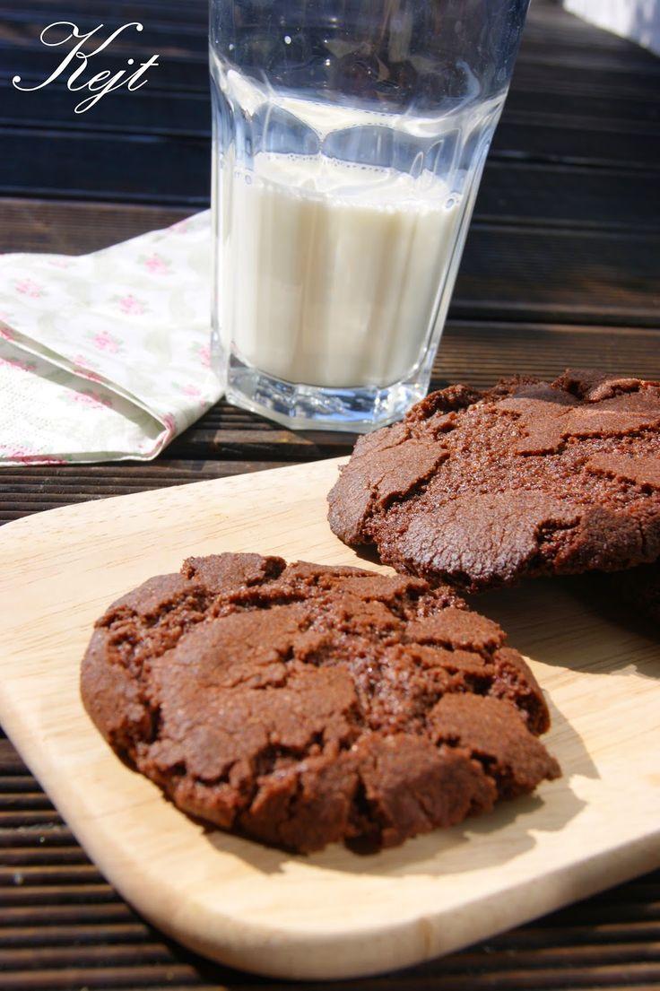 Niezły Młynek         : Pękające ciasteczka czekoladowe