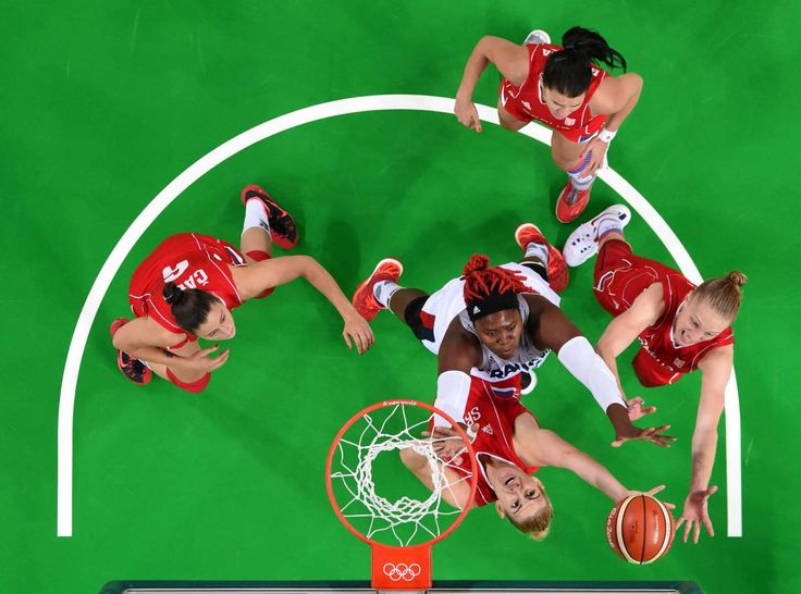 Isabelle Yacoubou of France and Danielle Page of Serbia go for a rebound in the women's basketball bronze medal match during the Rio 2016 Summer Olympic Games at Carioca Arena 1.    -  Best images from Aug. 20 at the Rio Olympics
