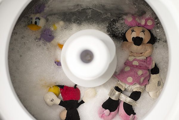 How to Wash Stuffed Animals with A Real-Life Housewife