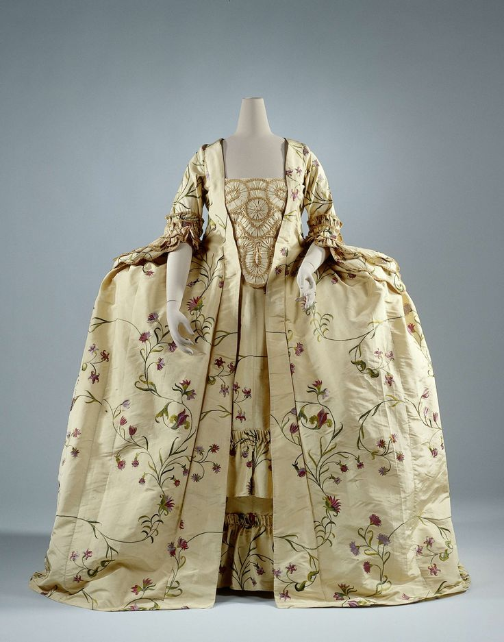 Robe à la Francaise, France, c. 1760. Pale yellow silk repp brocaded with floral motifs in coloured silk.