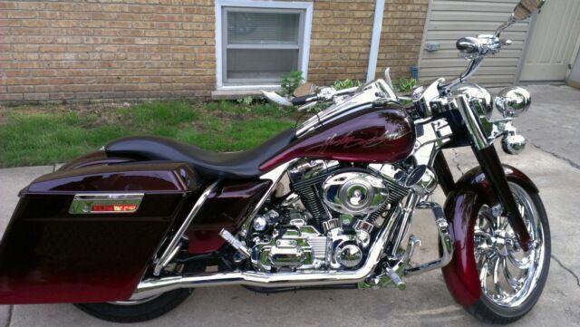 2008 Harley-Davidson ROAD KING HARLEY DAVIDSON Touring , Burgandy, 8,000 miles for sale in Lynwood, IL