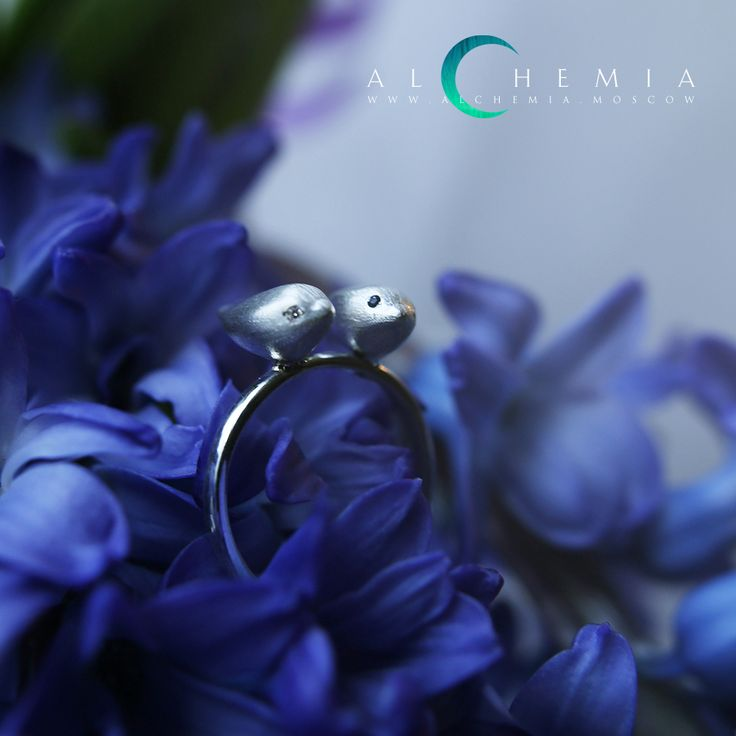 The Two nightingales ring. Silver, satin cover, diamond, sapphire. Handmade by Alchemia Jewellery.
