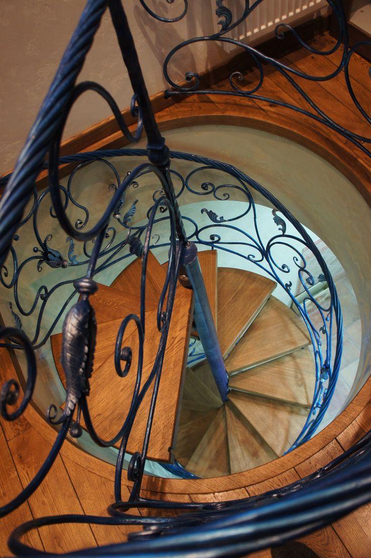 Винтовая лестница. Interior. Apartment.