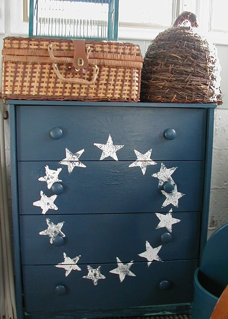 Painted set of drawers.  Fits perfectly on our Americana/primitive themed back porch.