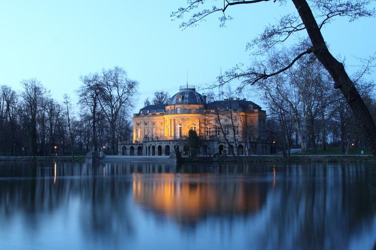 Ludwigsburg Schloss Monrepos abends