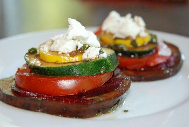rainbow stacks: Kids love colour, and a little fun presentation can go a long when when it comes to veggies.  These gorgeous grilled sides are easy and delicious, and were devoured by every child at our al fresco dinner table last night.  If you don't have one of the veggies, leave it out or substitute in another – sweet potato rounds would be delish too, for example. - See more at: http://www.simple-balance.ca/2013/06/rainbow-stacks/#sthash.Prr5PZla.dpuf