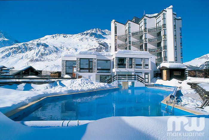 http://www.markwarner.co.uk/ski-holidays/val-d'isere/chalethotel-le-val-d'isere