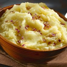 Mashed Yuca with Garlic Sauce, is a breakfast staple in the Dominican Republic and a delicious and savory way to start your day. Try it with GOYA® Extra Virgin Olive Oil.