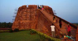 observation-tower-at-bakel-fort