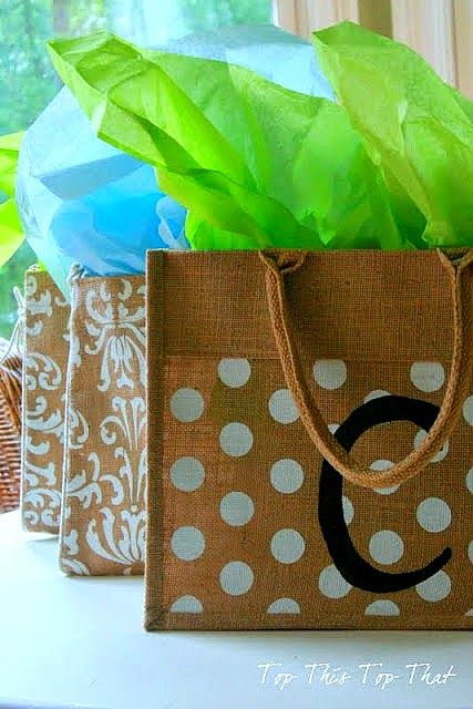 super cute teacher appreciation gift idea like this diy personalized canvas tote.