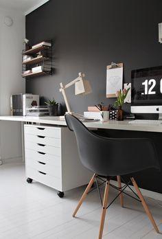 7 Stylish Black Armchairs That Will Seduce You | armchairs, chair design, interior design #armchairs #chairdesign #interiordesign Read more: http://modernchairs.eu/stylish-black-armchairs-seduce/