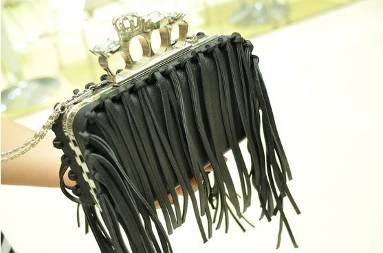 Tassels box clutch, very vare to see.Tassels Boxes, Alexander Mcqueen, Mcqueen Tassels, Wear Summer, Boxes Clutches, Clutches Purses