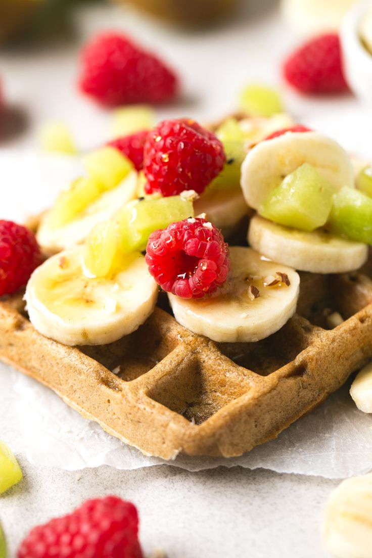 4-ingredient vegan gluten-free waffles! They're so delicious, healthy and easy to make. Hope you try this recipe! Feel free to add your favorite toppings.